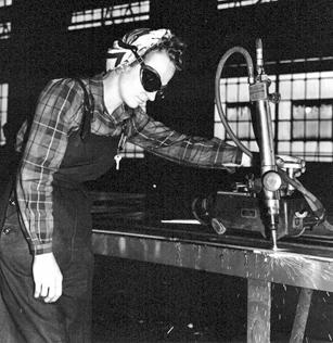 1943-woman-welder.jpg