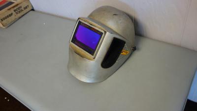 welding-hood-with-speedglas-xl-lens-b408d237d46b4599a24dc90ed703a2c7.jpg